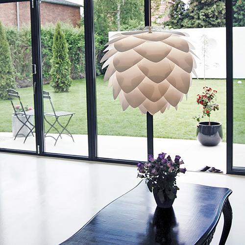 Lampa silvia vit från Umage | Köp inredning online